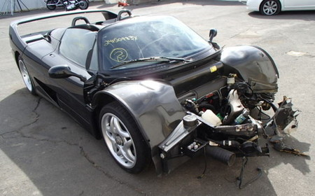 Dolorpasión™: Ferrari F50 con exceso de confianza, a subasta