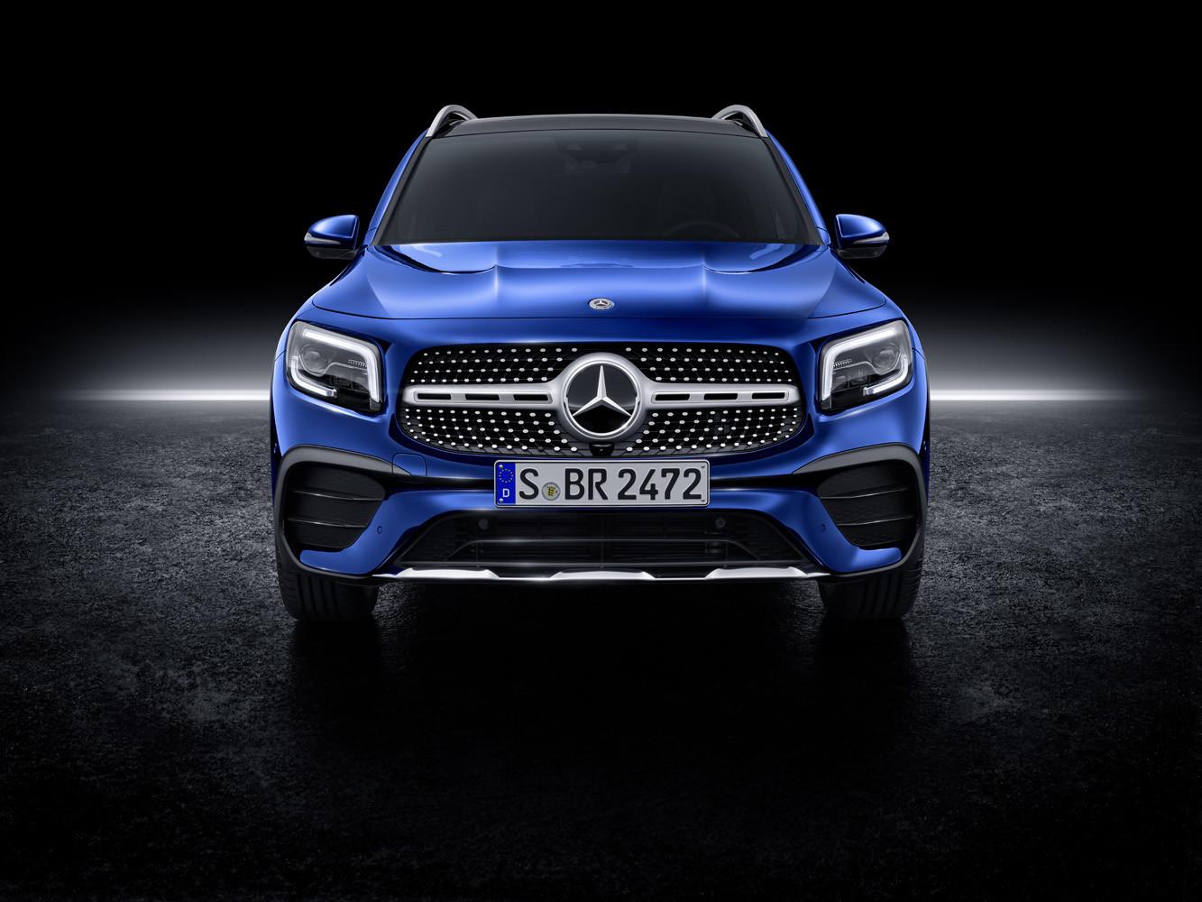 Foto de Mercedes-Benz GLB 2019 (56/68)