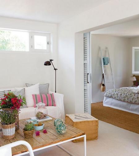 C mo decorar un mini apartamento de verano de 37 m2 for Decoracion de mini departamentos