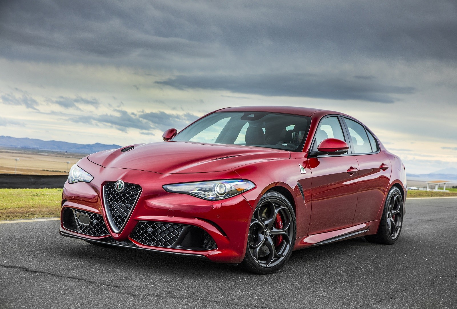 Foto de Alfa Romeo Giulia (12/14)
