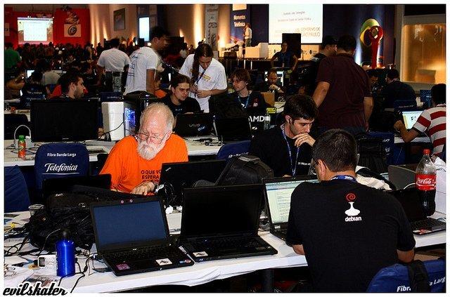 Campus Party Jon Maddog Hall