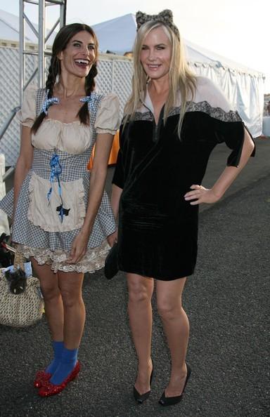 Este Halloween disfrázate de gata por Stella McCartney