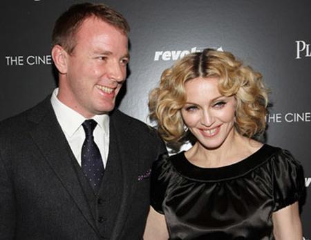 ¡Madonna se divorcia!