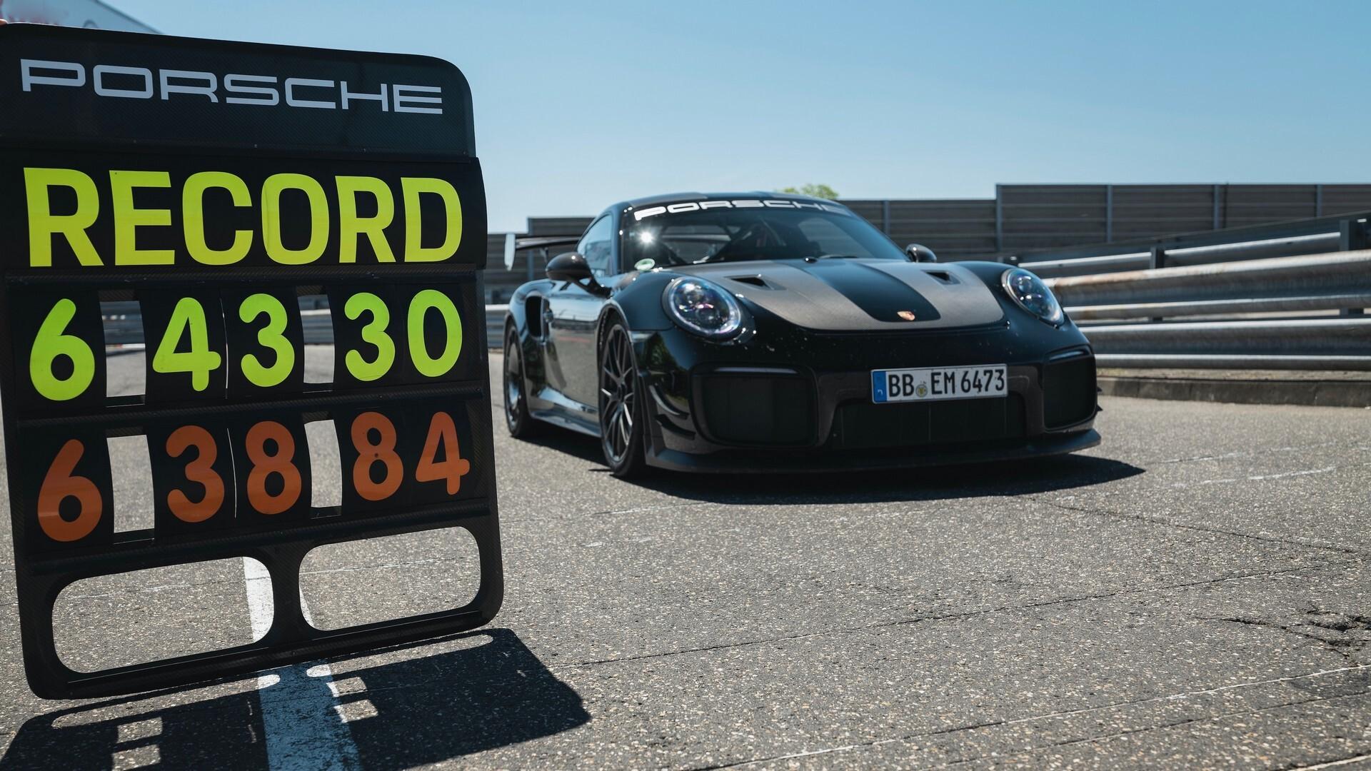 Foto de Porsche rompe récord de velocidad (1/8)