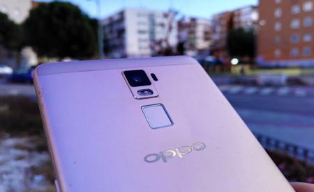 Oppo R7 Plus10