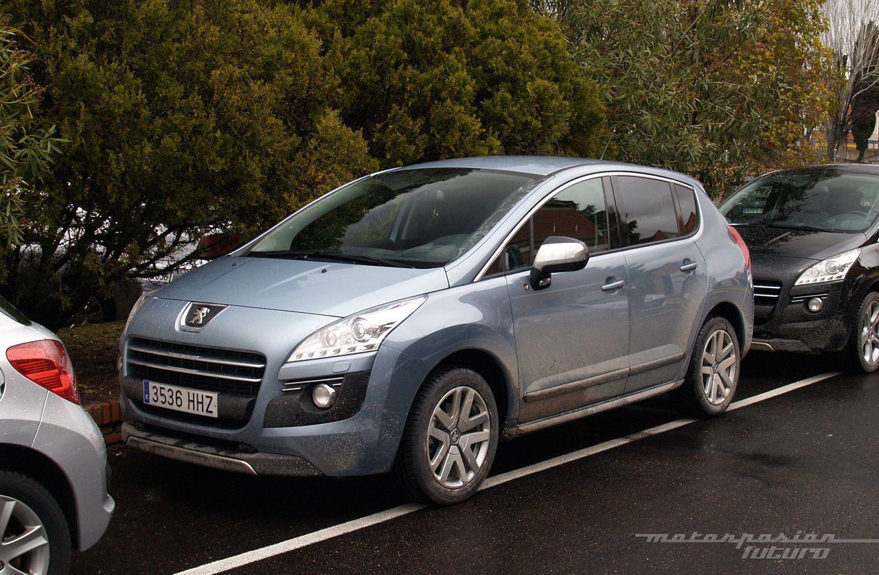 Foto de Peugeot 3008 HYbrid4 (presentación) (2/20)