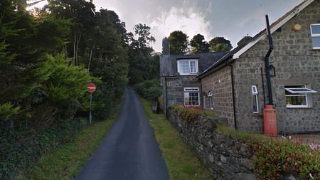 La calle más empinada del mundo está en Gales, ha ganado el Récord Guinness y ni los coches pueden con ella