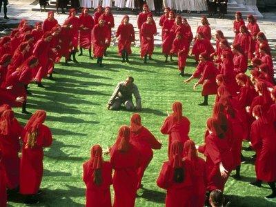 Así fue la película de 'The Handmaid's Tale' de 1990: una distopía feminista, pero menos