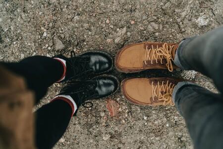 Chollos y liquidación de tallas sueltas de botas Timberland, Clarks, Quiksilver o Levi's en Amazon