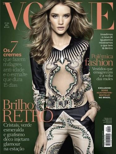 ¿Qué le han puesto a Rosie Huntington-Whiteley en los morros para la portada de Vogue?