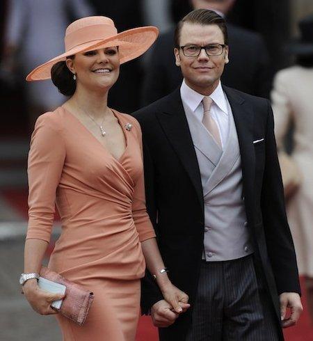 Victoria de Suecia con el príncipe Daniel