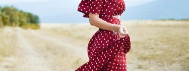 Vestidos y faldas de lunares ideales para lucir este clásico estampado veraniego