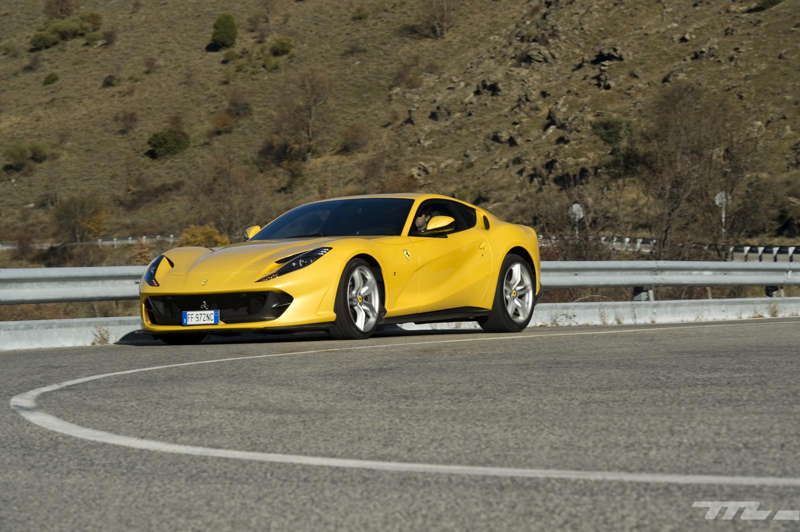 Foto de Ferrari 812 Superfast (prueba) (27/55)