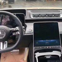 Volante táctil y macropantalla en la parte baja del salpicadero: el nuevo Mercedes-Benz Clase S se pasa al todo digital