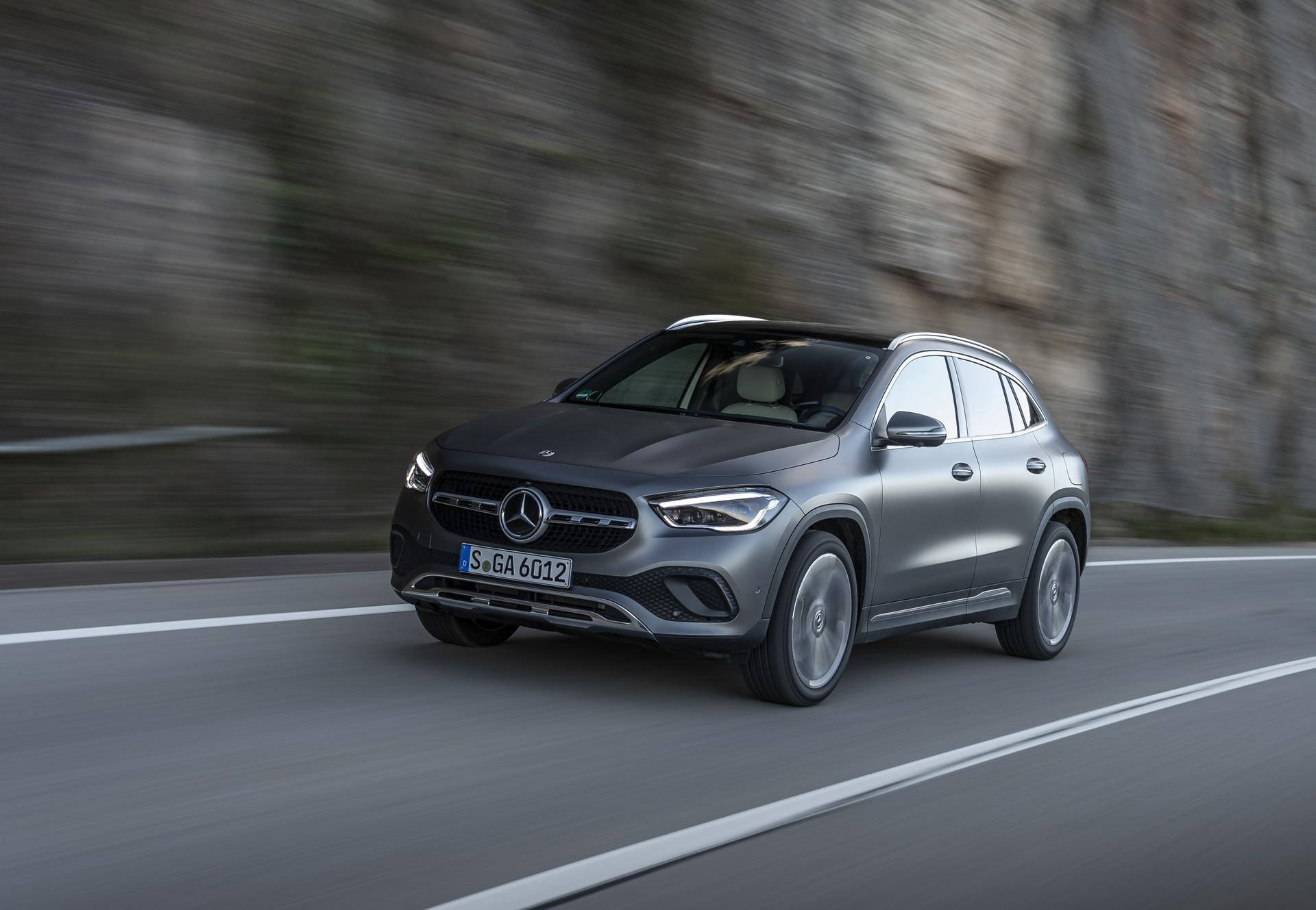 Foto de Mercedes-Benz GLA 2021 (17/103)