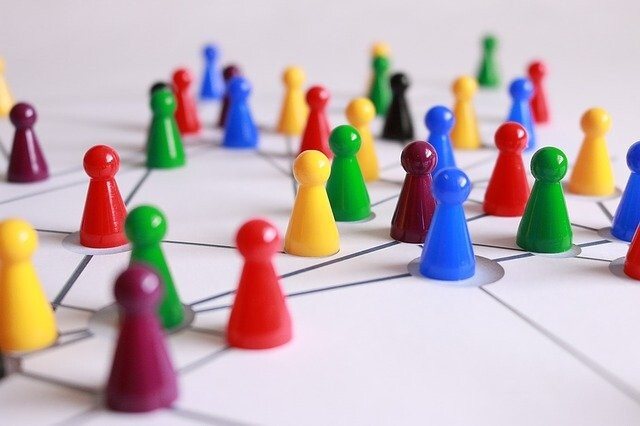 Los antivacunas son pocos pero muy influyentes en redes sociales como Twitter o Facebook