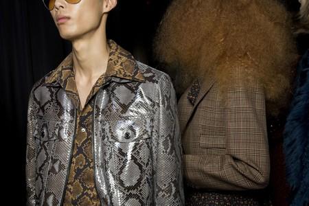 Clonados y pillados: la piel de serpiente de Michael Kors es el nuevo básico en una chaqueta lowcost de Zara