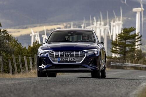Probamos el Audi e-tron Sportback: un potente SUV eléctrico que también sorprende por su agilidad pese a sus 2,5 toneladas