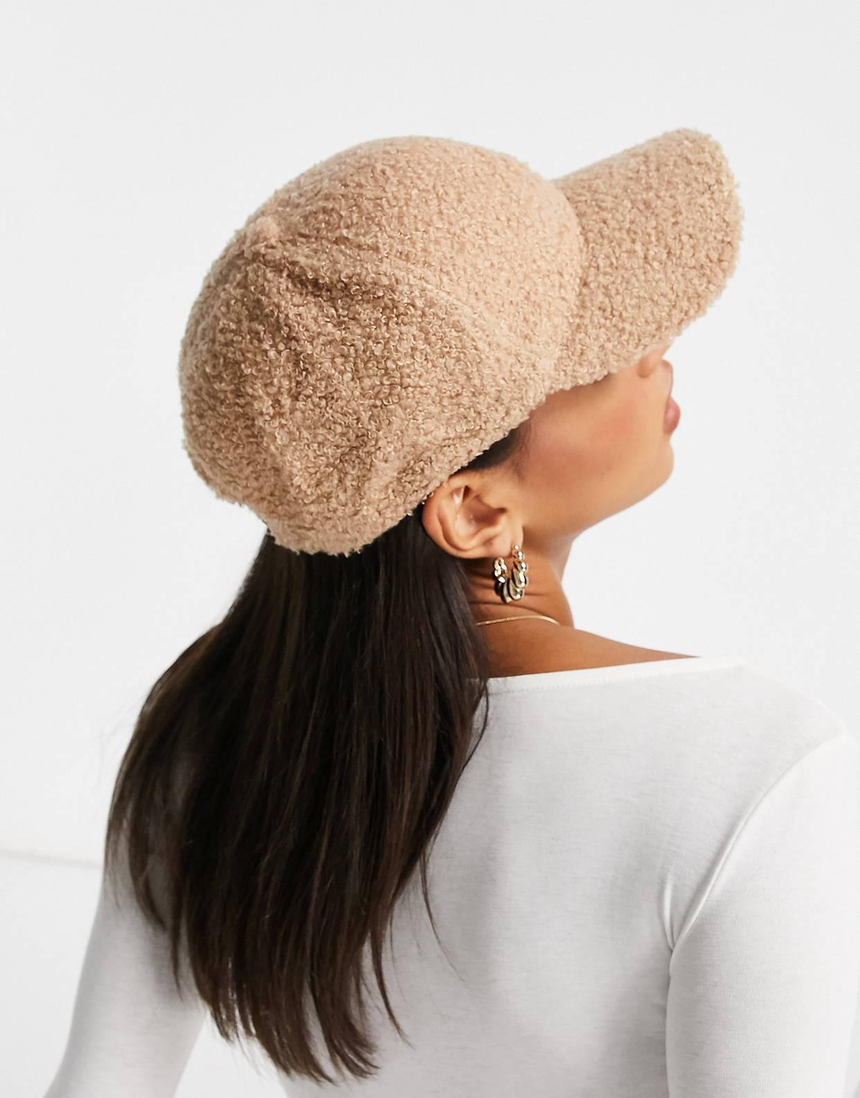 Gorra exclusiva Glamorous