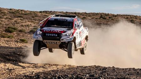 Las opciones de que Fernando Alonso y Carlos Sainz sean compañeros en el Dakar son pocas, pero existen