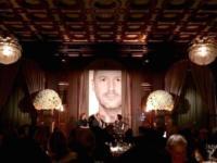 Jonathan Ive habla sobre el Apple Watch durante la entrega de un premio por parte del museo SFMOMA
