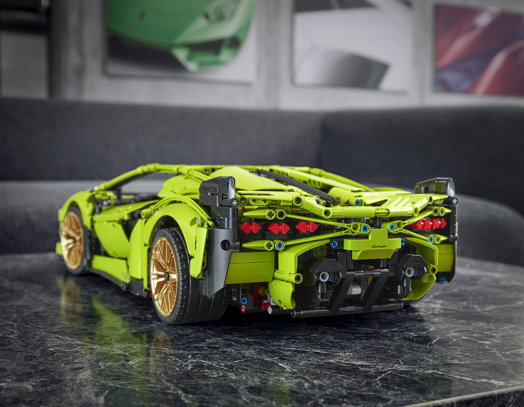 Foto de Lamborghini Sián FKP 37 de LEGO (13/15)