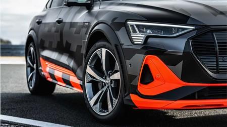 Audi E-Tron S ancho carrocería