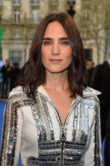 Jennifer Connelly apuesta por Louis Vuitton en París