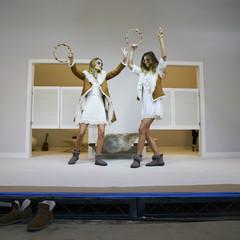 Foto 12 de 19 de la galería las-botas-ugg-se-reinventan-para-lucir-los-pies-mas-calentitos-con-mucho-estilo-y-copiando-a-las-it-girls en Trendencias