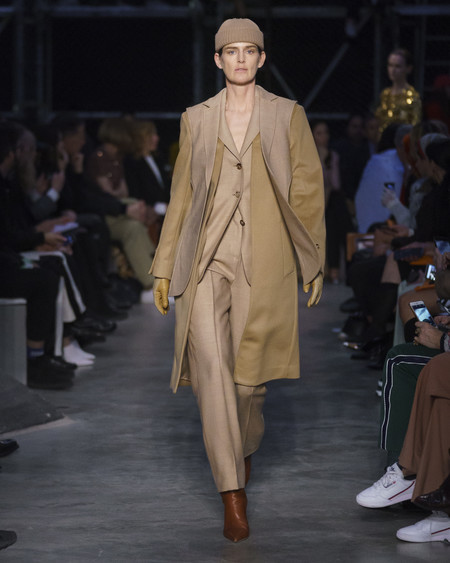Burberry Autumn Winter 2019 Collection Look 74