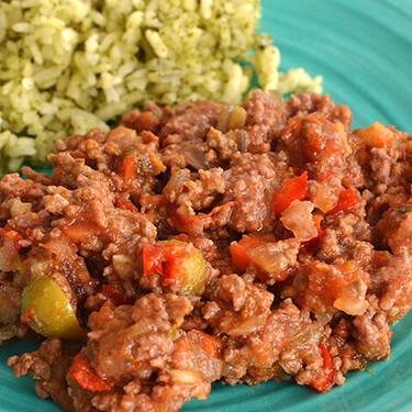 Cómo hacer picadillo en olla de cocción lenta. Receta fácil de comida casera mexicana