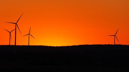 """Los parques eólicos """"atrapan el aire de las comunidades"""" según SEMARNAT, mientras México debate su deber con la energía limpia"""