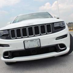 Foto 2 de 14 de la galería jeep-grand-cherokee-srt8-2014 en Motorpasión México