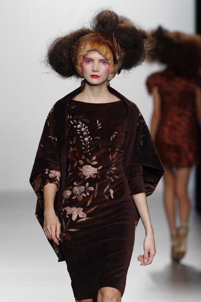 Foto de Elisa Palomino en la Cibeles Madrid Fashion Week Otoño-Invierno 2011/2012 (7/30)