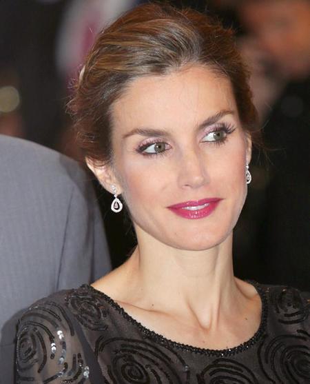 La trenza corona de la reina doña Letizia, otro recogido a tener en cuenta