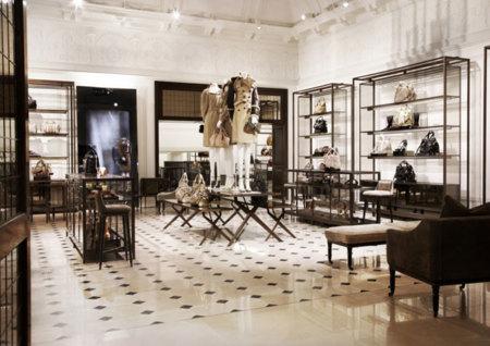 Burberry abre tienda en Londres