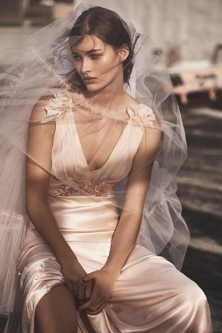 ¿Te casas este año? Topshop puede ser tu salvación, la cadena lanza su primera línea de vestidos de novia en clave millenial
