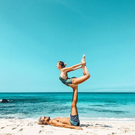 yoga_en_pareja