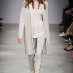 Foto 7 de 7 de la galería abrigos-minimalistas-otono-invierno-2013-2014-1 en Trendencias