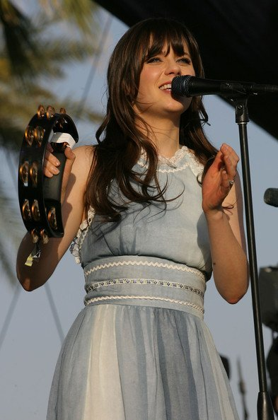 zooey stage