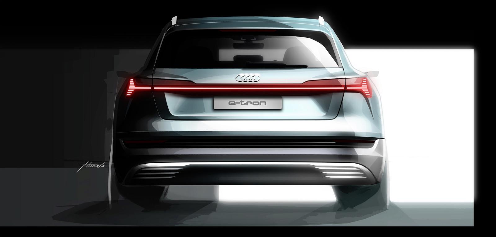 Foto de Audi e-tron (35/37)