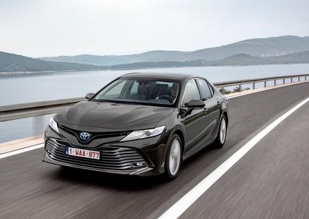 Toyota Camry Hybrid Eu Version 2019 1600