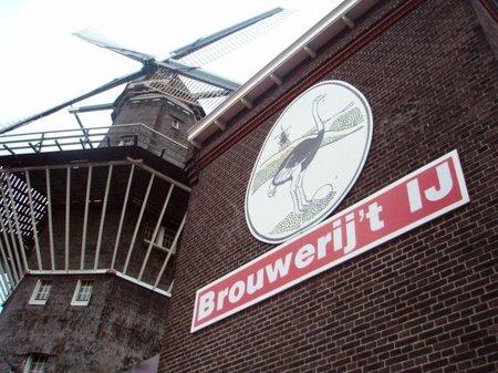 Ámsterdam: Degustando una cerveza artesanal en Brouwerij't Ij
