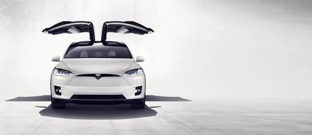 La agresiva evolución de Tesla dejará antiguos a sus propios coches: actualizaciones anuales que no esperan a nadie