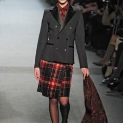 Foto 23 de 27 de la galería jean-paul-gaultier-otono-invierno-20112012-en-la-semana-de-la-moda-de-paris-el-lado-sexy-del-estilo-ladylike en Trendencias