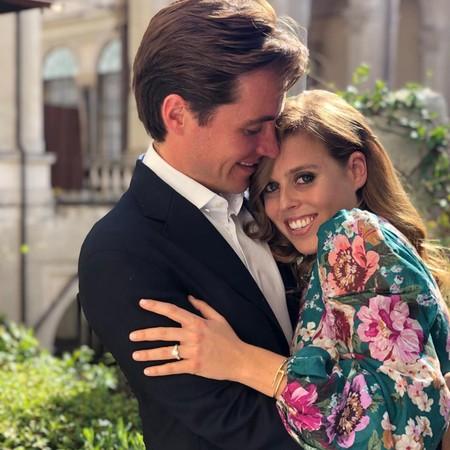 Llegó el día: la princesa Beatriz de York y Edoardo Mapelli Mozzi anuncian su compromiso matrimonial