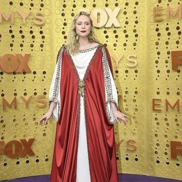Gwendoline Christie vestida como Jesucrito, Natasha Lyonne de Ferrero Rocher y Dascha Polanco con manguitos: lo mejor de los Premios Emmy 2019 en memes