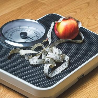 4 Hábitos saludables que te ayudarán a perder peso