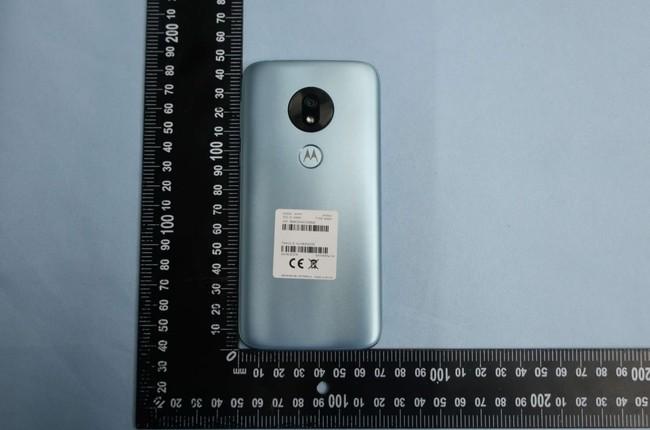 Moto G7 Play: así es el pequeño de la nueva familia de gama media de Motorola, con notch y sensor de huellas trasero