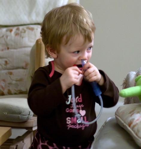 Cómo limpiar las fosas nasales de moco